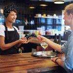 Fidelizar o cliente: como melhorar o atendimento no varejo.
